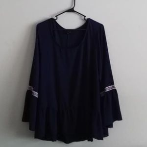 TORRID EMBROIDERED TRIM BELL SLEEVE TOP - Navy 2X